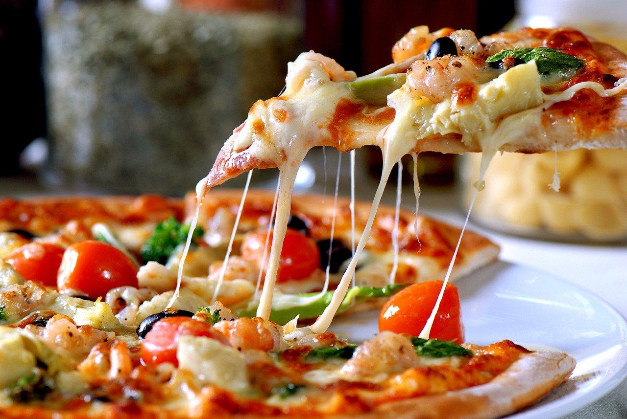 You are currently viewing Comment réussir une pizza maison au four ?